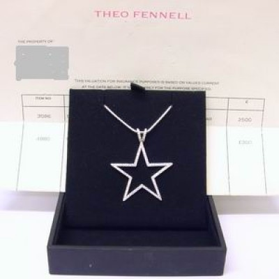18ct gold Theo Fennell diamond outline star pendant