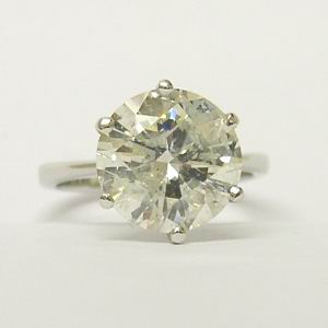 5.28ct Diamond Solitaire Platinum Engagement Ring